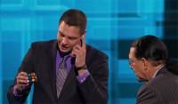 Rubik's Cube Magician Steven Brundage fools Penn & Teller